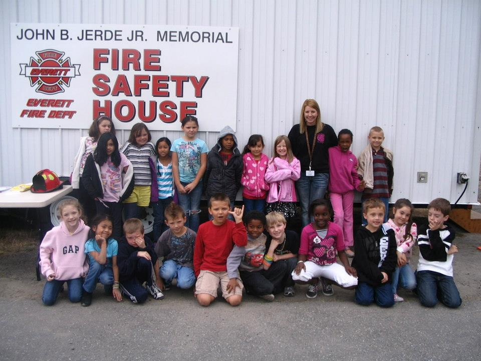 Kids at the Fire Safety House